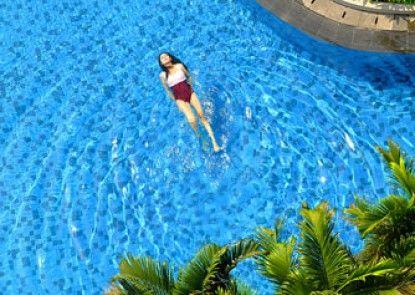 Hotel Santika Premiere Slipi Jakarta Kolam Renang