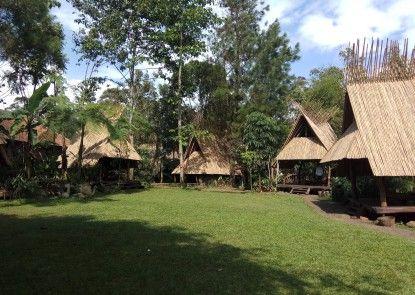 Sapulidi Cafe, Gallery & Resort Rumah Makan