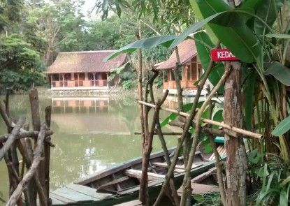 Sapulidi Cafe, Gallery & Resort Teras