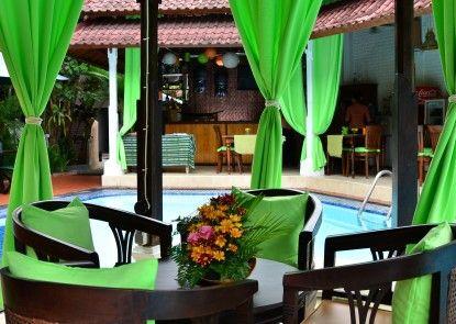 Sarinande Hotel Teras