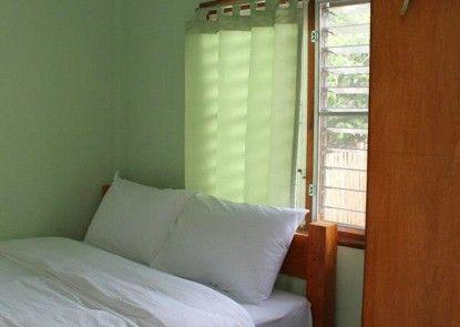 Sarm Mork Guesthouse