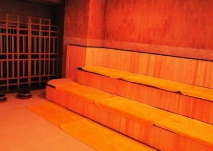 Sauna & Capsule Hotel Hollywood - Caters to Men