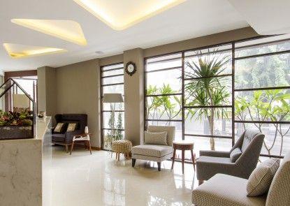 Sawana Suites Lobby