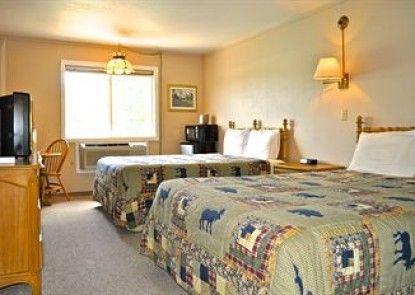 Sawtelle Mountain Resort Teras