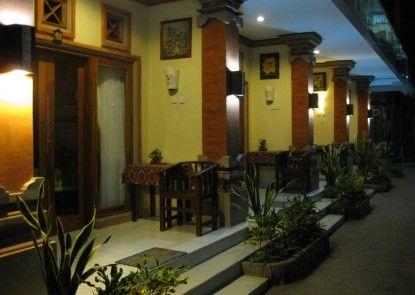 Sayang Maha Mertha Hotel Eksterior