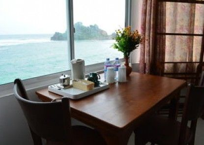 Sayurima Tourist Hotel