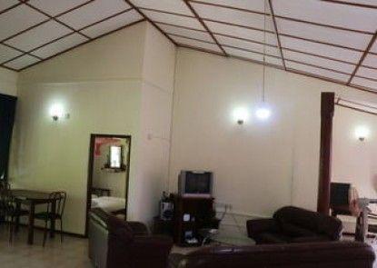 Sayuru Inn