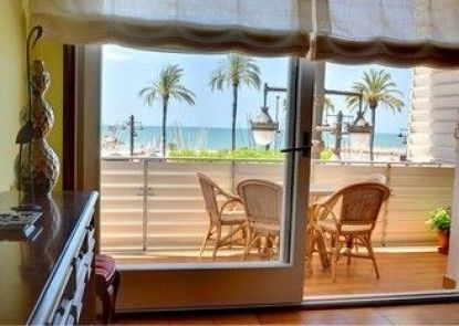 Sea Front Apartment