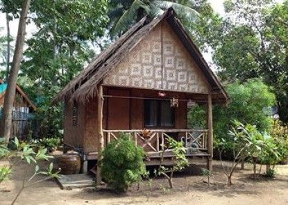 Seapearl Lanta Cottage & Thai Cat Restaurant