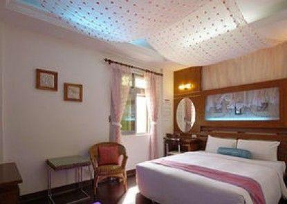 Seashell Bay Hotel