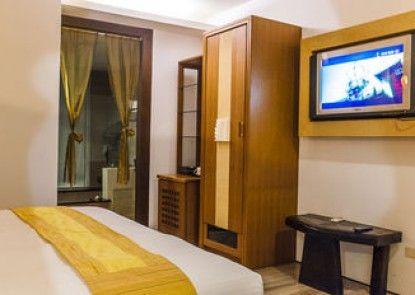 Seasons Bali Fashion Inn