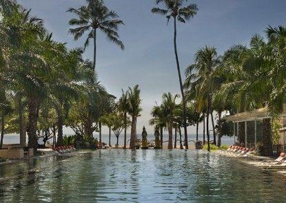 Segara Village Hotel Kolam Renang