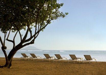 Segara Village Hotel Pantai