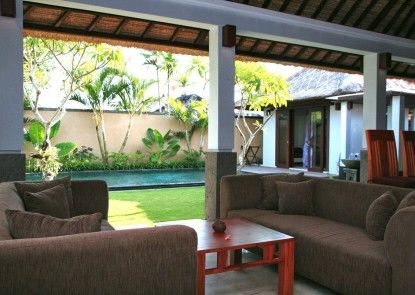 Sekar Nusa Villas Ruang Tamu
