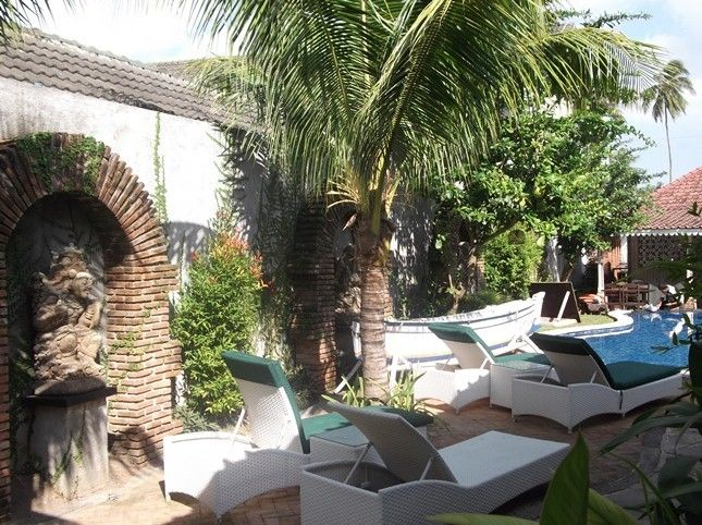 Sendok Hotel Bar and Restaurant, Lombok Barat