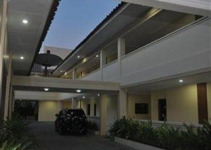 Sentana Mulia Hotel Pemalang Eksterior