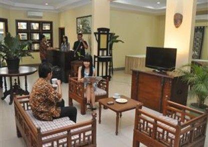Sentana Mulia Hotel Pemalang Lobby