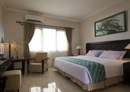 Sentana Mulia Hotel Pemalang Kamar Tamu