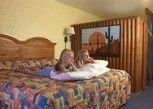 Pesan Kamar Suite Keluarga (kid's Suite) di Seralago Hotel & Suites Main Gate East