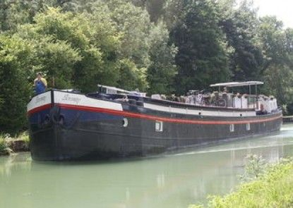 Serenity Barge