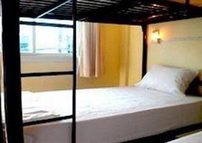 Seventeen Hostel