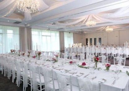 Sfera\'s Park Suites & Convention Centre