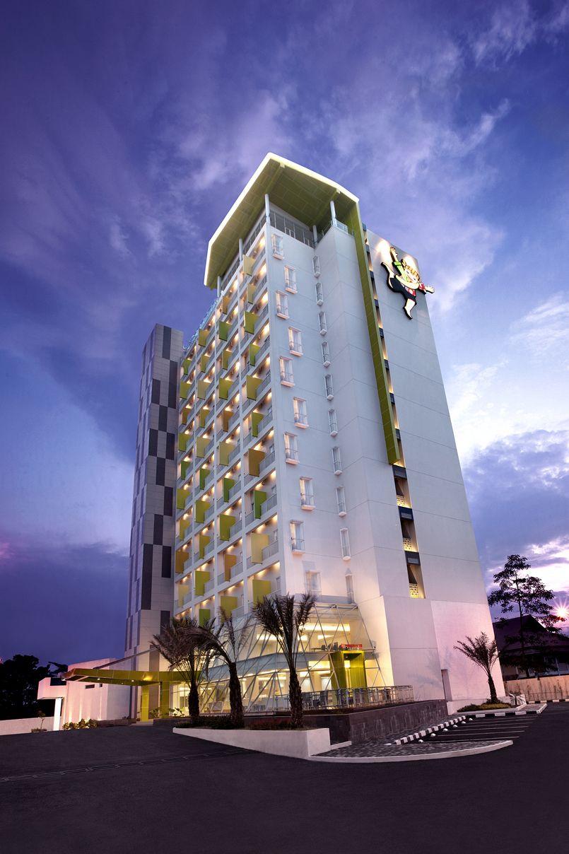 Shakti Hotel Bandung, Bandung