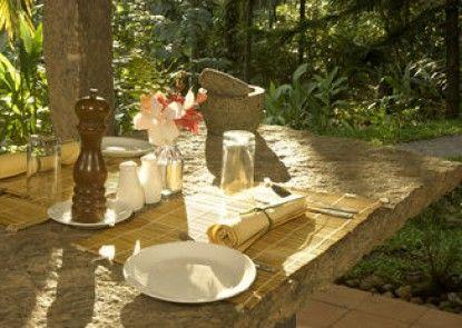 Shalimar Spice Garden
