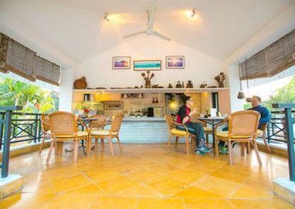 Shangri-La Village Resort