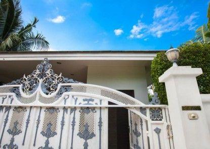 Shanti Villa by Jetta