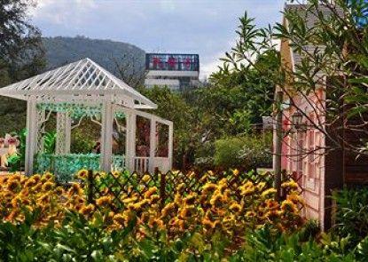 Shenzhen Xichong Yuerongwan Resort