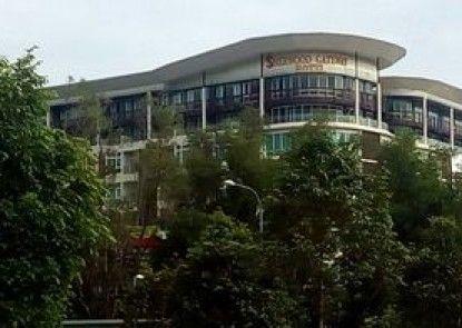 Sherwood Gateway Hotel