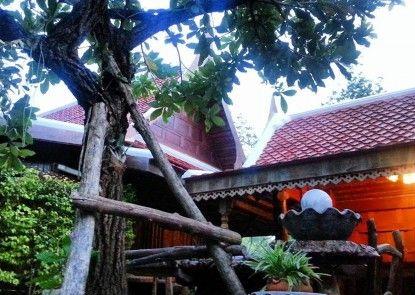 Shongthai Maimhon Homstays