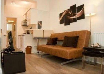 SHQ Apartments