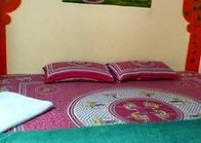 Shyam Palace Guest House