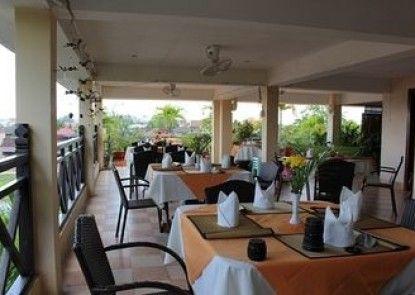 Siem Reap Riverside Hotel