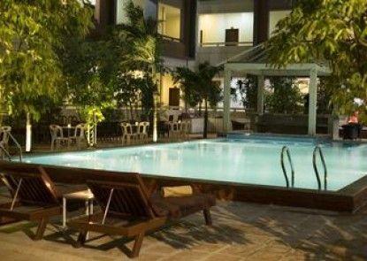 Sihanoukville Plaza Hotel