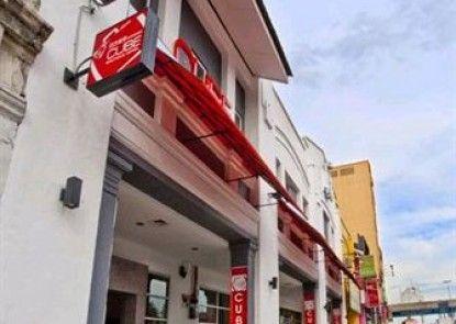 Simms Boutique Hotel