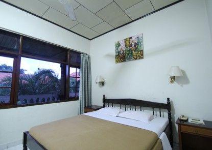 Simpang Inn hotel Kamar Tamu