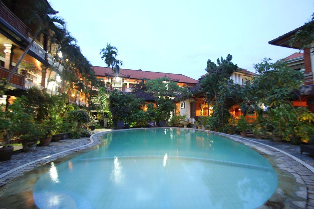 Simpang Inn Kuta, Badung