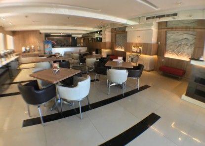 Simpang Lima Residence Lobby