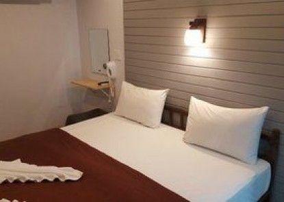 Sinsamut Koh Samed Hotel