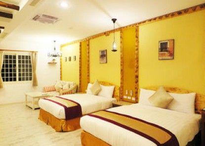 SIN SIN HOTEL III