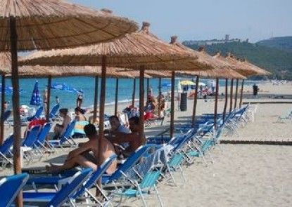 Sintrivanis Beach Resort