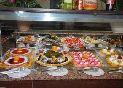Sirma Hotel