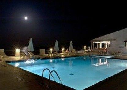 Skiathos Club Hotel Suites