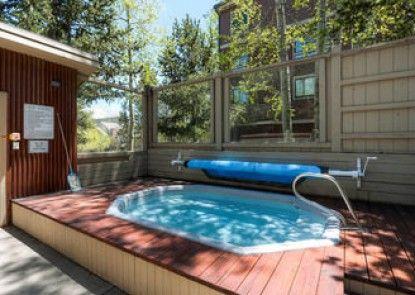 Ski Hill Condominiums by Ski Country Resorts