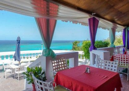 Sky Box Beach Suite at Montego Bay Club