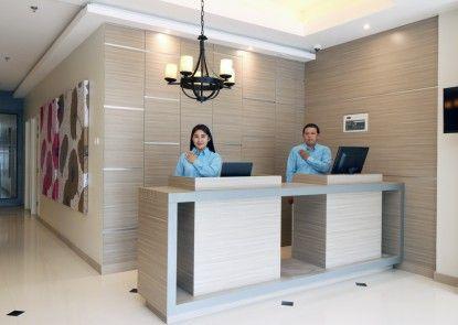 Sky Hotel Ancol Jakarta Penerima Tamu