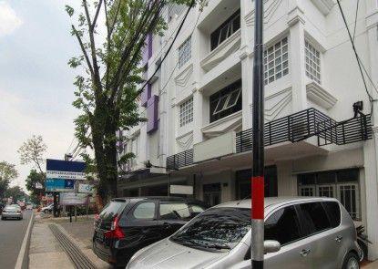 Sky Hotel Veteran 30 Bandung Eksterior